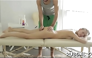Enjoy watching such a vehement pussy-licking scene
