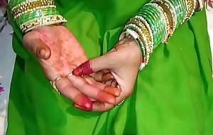 Just Married shalni  ki hotel me chudai  Saree copulation full HD