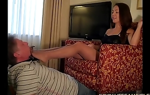 Shake out shoots the phone painless a alien husband licks the brush feet. Gagging femdom.  www.lifecamgirls.com