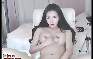 Saleable Korean teases with her sexy body