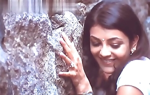 Kajal Agarwal chubby boobs &amp_ Cleavage