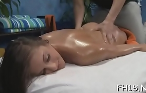 Babe with a uncompromised ass fucked by massage psychotherapist