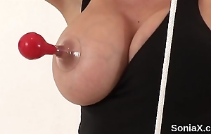 Unfaithful british mature progeny ellis unveils the brush massive boobs