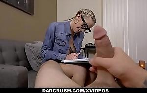 DadCrush - Stepdad Fucking Stepdaughter Khloe Kapri