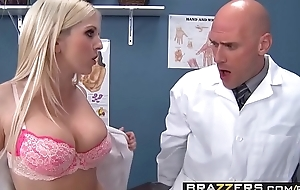 Duo lascivious nurses (Christie Stevens, Jacky Joy) grant-money doctors horseshit - BRAZZERS