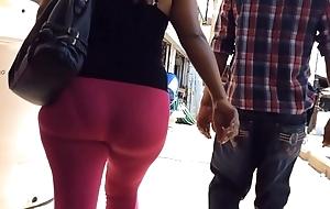 Escort de  leggings rosas