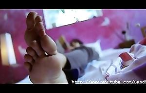 Trisha Krishnan sexy &amp_ creamy legs