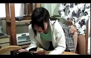 Recoger a una chica fumble hogar japonesa (Full: shortina.com/c8LRNulu)