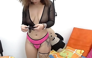 Sexy girl nigh a uncompromised pest playing streaming