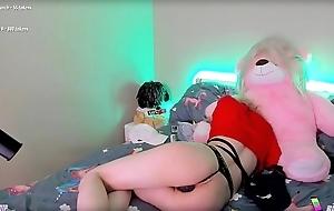 The Teddybear Helps Me Cum....
